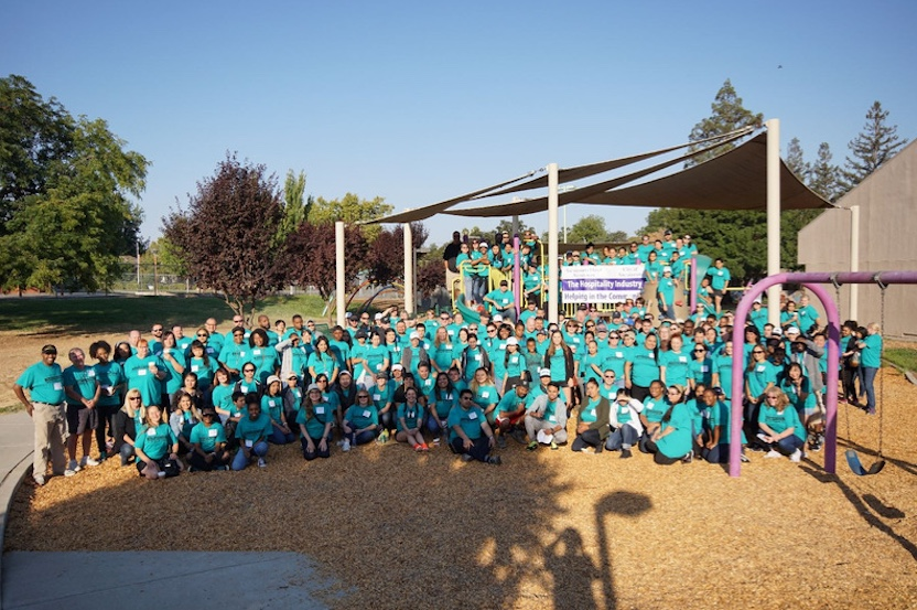 Sacramento-Volunteer